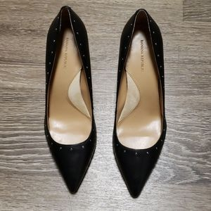 Banana Republic 12 Hour Madison Black Heels Pumps